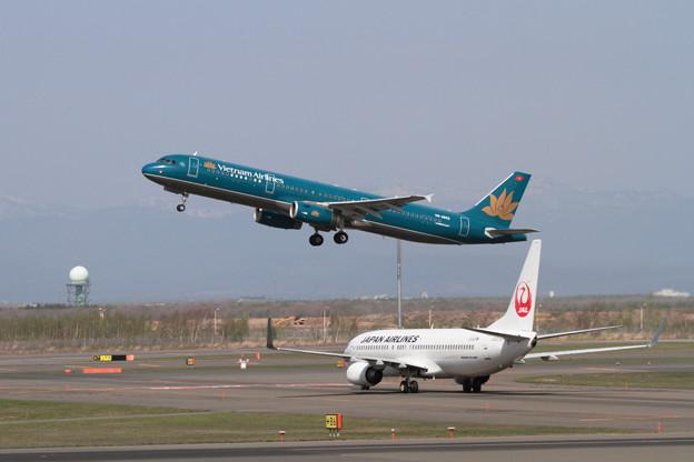 A321 VN-A602 takeoff