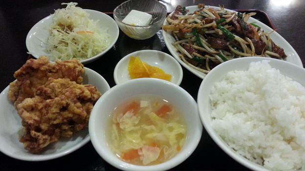 Photos: ニラレバ定食