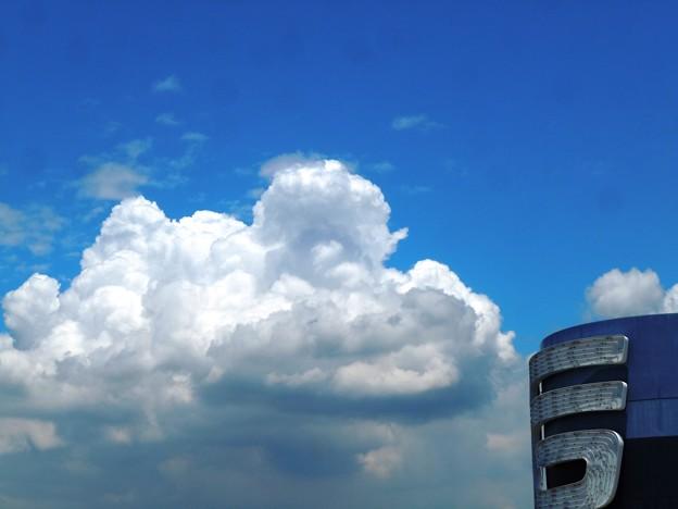 シルキーホワイトな夏雲たち