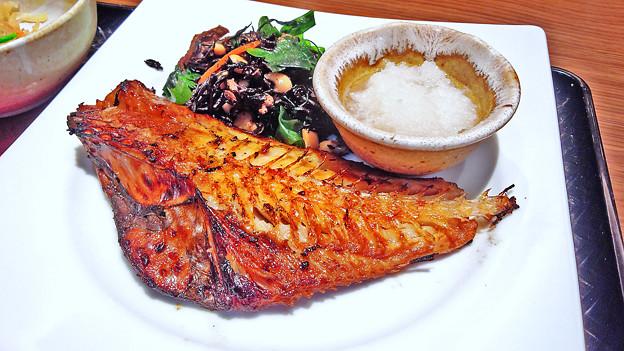 大戸屋 ( 成増 )  赤魚の塩麹みりん漬け炭火焼き定食a