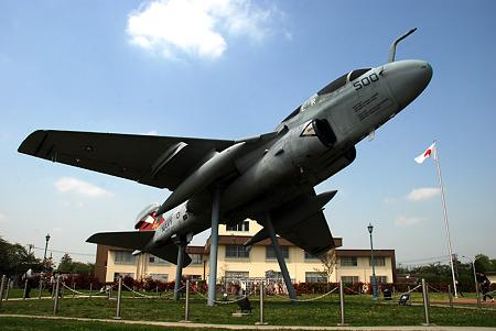 EA-6 VAQ-136 GAUNTLETS