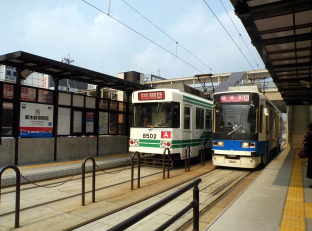 乗り換えがしやすくなった新水前寺駅前電停。