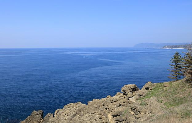 ヤセの断崖から 日本海