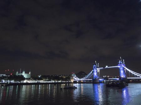 倫敦塔とタワーブリッジ