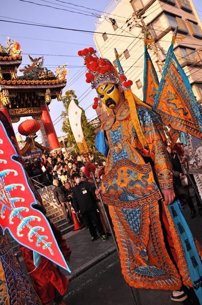 関帝廟通りでのパレード。。中国将軍?(^^)。。2月28日