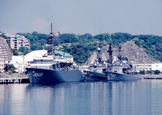 横須賀基地。。晴海に向けて。。練習艦かしまとしまゆき・・5月10日