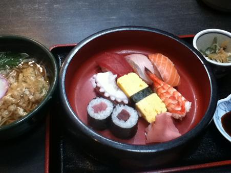 寿司盛り合わせセット 700円