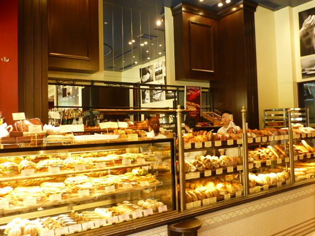 パンのいい香りがする店内@VIRON