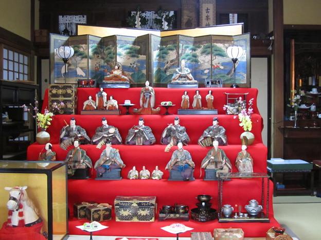 27.2.28太田與八郎商店の雛人形