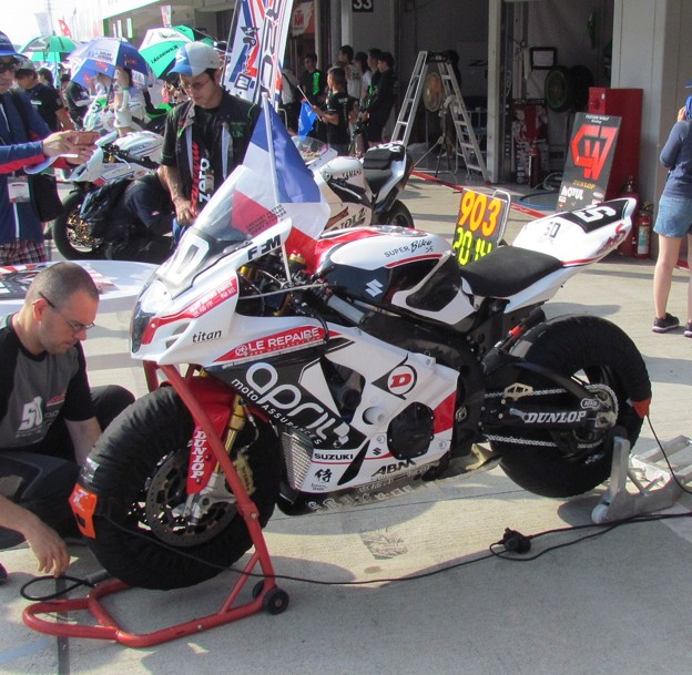 写真: 2014 鈴鹿8耐 TEAM MOTORS EVENTS APRIL MOTO Gregory FASTRE Michael SAVARY Jimmy STORRAR 6