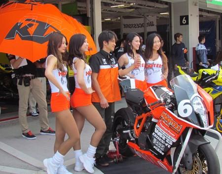 2014 鈴鹿8耐 Team HOOTERS with 斉藤祥太 大樂竜也 相馬利胤 奥田貴哉 KTM 1190 RC8R  03