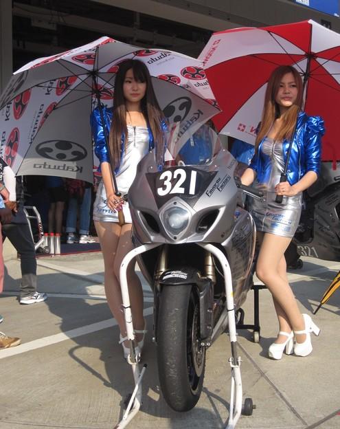 写真: 2014 鈴鹿8耐 Team Favorite Factory 福山京太 木佐森大介 佐合弘幸 48